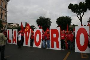 Nella Manifestazione del 16 anche le bandiere NO TAV