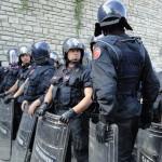 E i carabinieri iniziano ad accusare il colpo