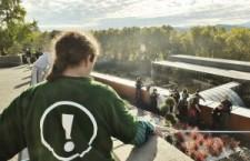Les-activistes-de-Bizi-sur-lestoits-du-Conseil-G+®n+®ral-300x225