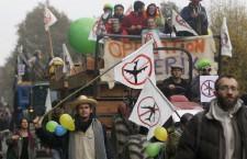 40.000 in corteo contro l'aeroporto di Notre-Dame-des-Landes