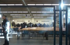 Processo. Gli imputati abbandonano l'aula. Carica della polizia (VIDEO)