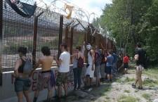 Dalla Clarea la polizia esce dai cancelli contro gli studenti, ma l'estate è lunga!