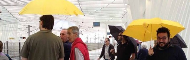 Reggio Emilia, piove dentro la stazione Tav di Calatrava appena inaugurata