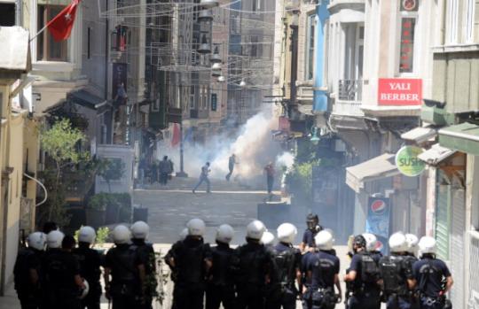 Una faccia, una piazza. Taksim scrive al movimento No Tav