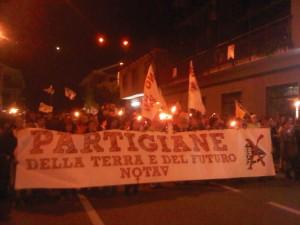 In 2mila solidarizzano con gli arrestati e i feriti NoTav