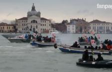 Vertice Italia Francia, battaglia nei canali di Venezia tra NoTav e polizia (video)