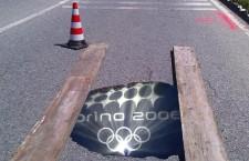 """Qualche nota sulla """"voragine"""" delle Olimpiadi di Torino 2006, vista dalle valli di Susa e Chisone"""