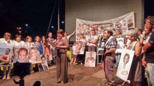 """Scontro tra treni in Puglia, da Viareggio: """"I nostri giovani mandati a morire"""""""