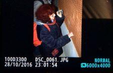 Notte d'evasione, di fuochi e lacrimogeni attorno al cantiere (FOTO)