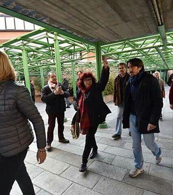 Nicoletta Dosio fermata al presidio in solidarietà agli imputati del maxi processo
