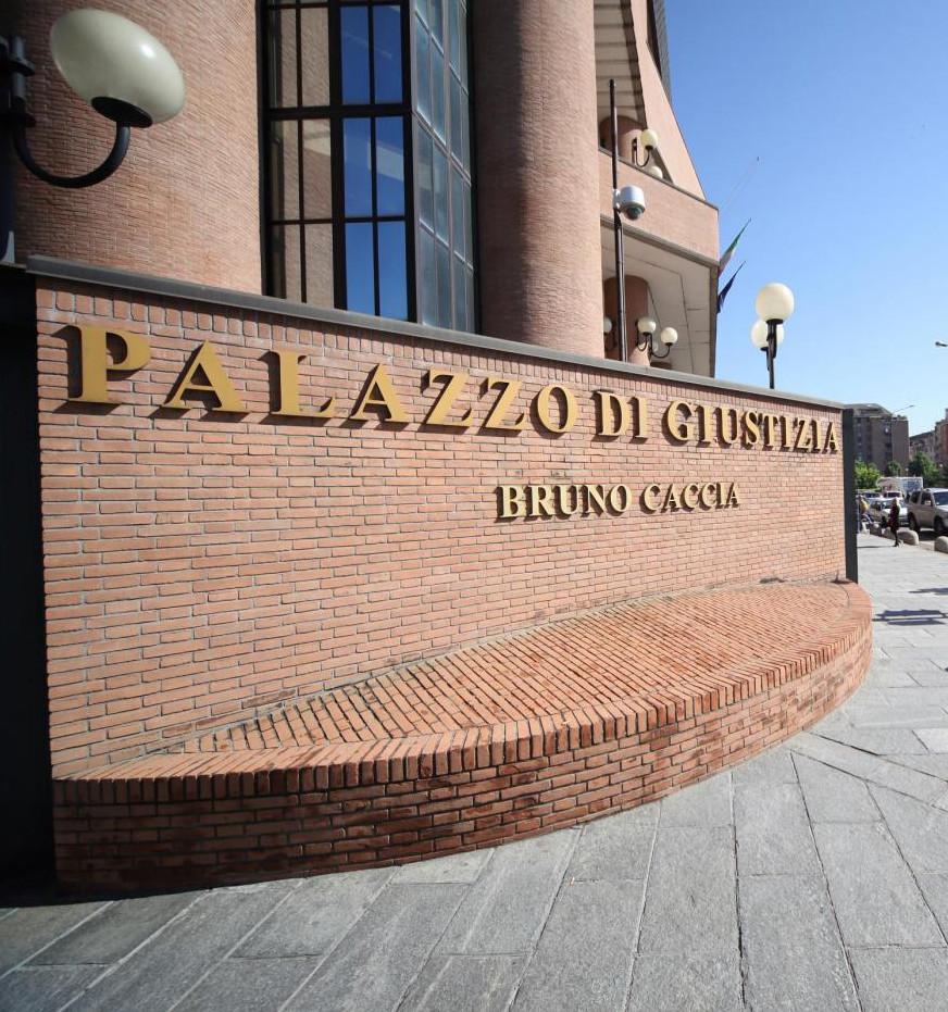 I tempi dei processi per la procura di Torino: 20 anni per stupro, 2 anni per i notav