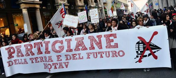 8M, sciopero internazionale delle donne in Valle di Susa