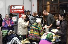 Stazione di Bardonecchia apericena contro il razzismo