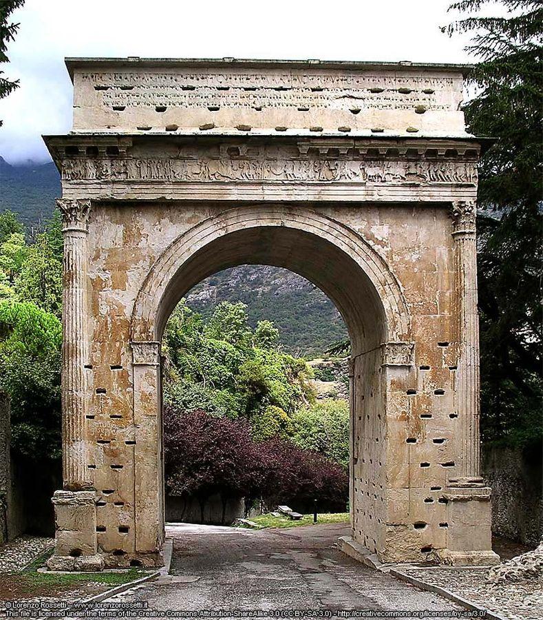 La Valle di Susa non è fessa. Chiedete a Re Cozio.
