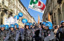 Dopo il corteo di sabato arriva la vendetta della polizia politica, denunciati 46 notav per il primo maggio
