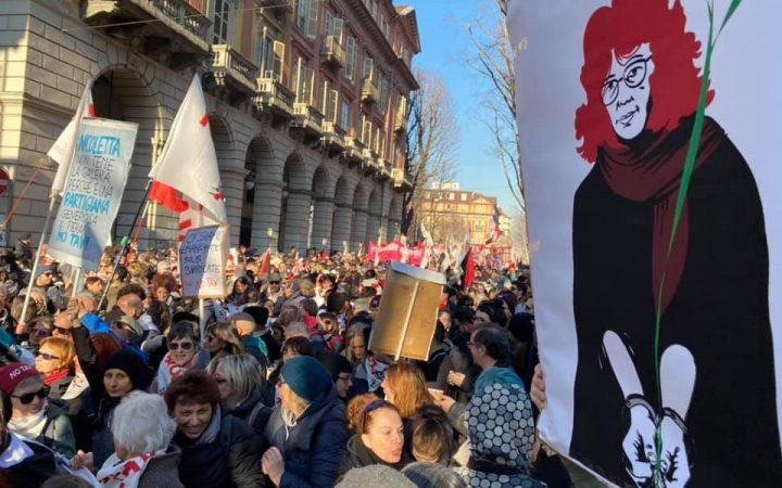 La manifestazione dell'orgoglio NOTAV, per Nicoletta, per tutti e tutte