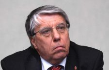 Si era opposto alla proiezione del film sugli abusi di polizia in Val Susa, Giovanardi indagato per favori alla n'drangheta