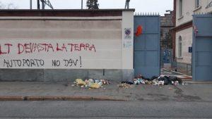Azioni di protesta contro le sedi di Telt e Sitaf