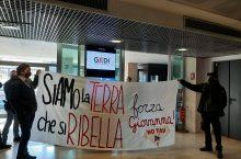 Roma occupata la sede di Repubblica in solidarietà ai notav