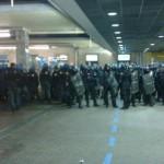 Porta Nuova 25/02/12 – La testimonianza di un passeggero pestato dalle forze dell'ordine (video)