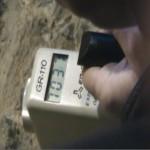 Il contatore segna 7000 colpi al secondo (circa 20 volte il fondo naturale) dentro la miniera