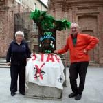 Marisa Meyer e Piero Gilardi 21.4.2012 con L'albero di Marisa
