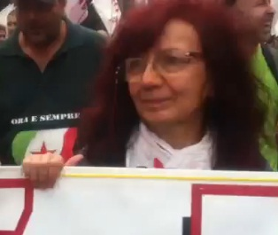 GUARDA VIDEO NICOLETTA NO TAV AL CORTEO GENOVA