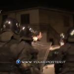Poliziotti contro giornalisti, allontanati e insultati (VIDEO)