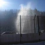 geyser dietro la rete