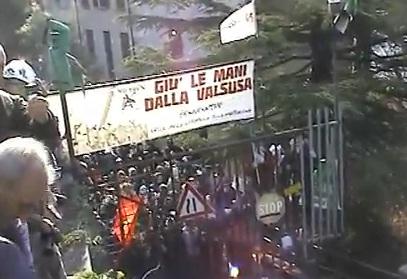 LA VALSUSA PAURA NON NE HA GUARDA IL VIDEO