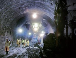 Simona Baldanzi descrive la vita disumana degli operai nei cantieri Tav